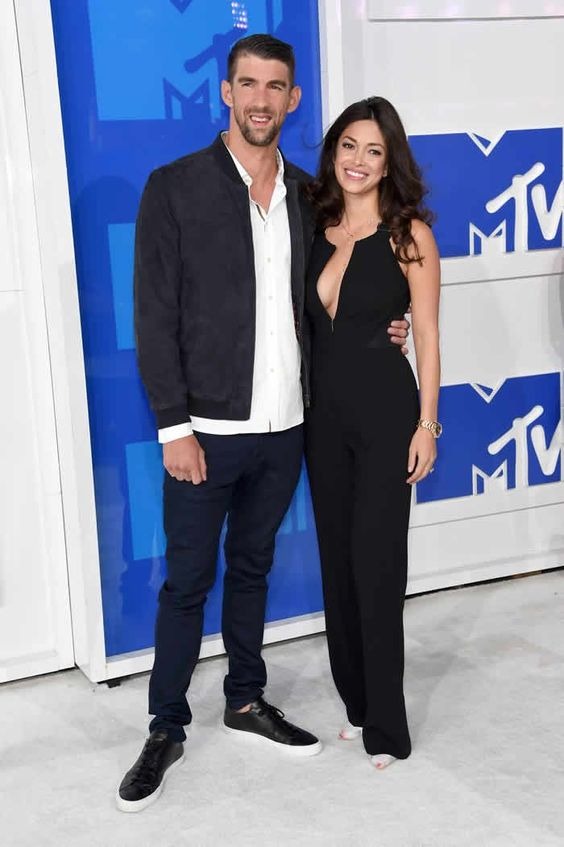 Michael Phelps and Nicole Johnson Best Dressed Stars On the Red Carpet Vmas 2016