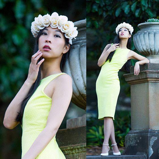 Forcast Yellow Dress
