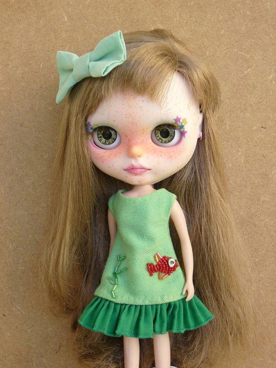 Vestido bordado para la muñeca blythe por GarlenaShop en Etsy