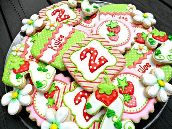 Beautiful Strawberry Cookies