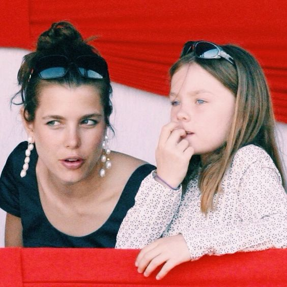 beautifulcharlotte:  Princess Alexandra of Hanover with her sister Charlotte Casiraghi
