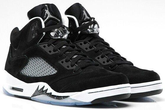 Air Jordan (Retro) 5s Oreo   Sneakers
