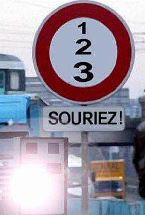 panneaux de signalisation des radars