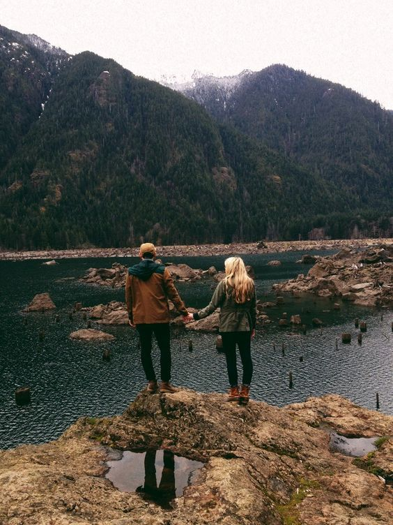 Resultado de imagen de lake tumblr couple