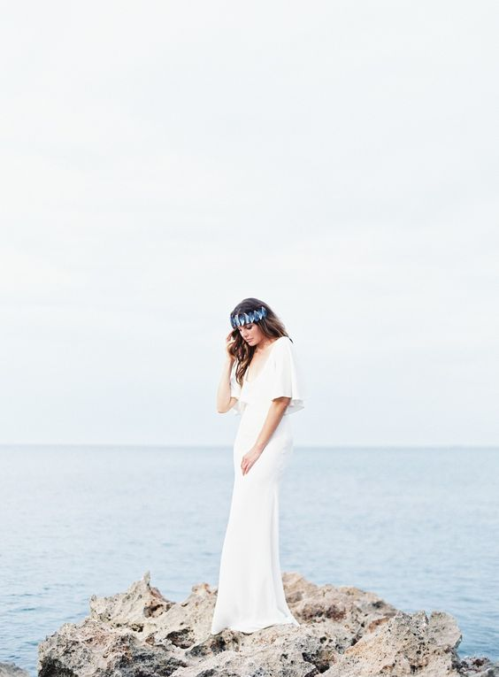 Coastal Wedding Inspiration with DIY Mussel Crown by Jessica Lorren | Wedding Sparrow