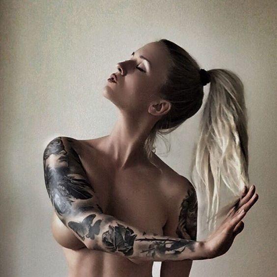 Blonde Beauty @rebelcircus #rebelcircus #tattooedgirls #girlswithtattoos #beautiful #babeswithink #inked @natasha_k_t