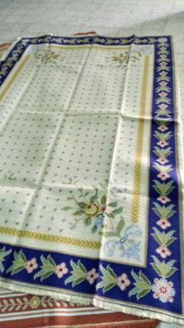 Carpetes arraiolos 2,90x1,90 , novas, nunca usadas, vários desenhos Samora Correia - imagem 2