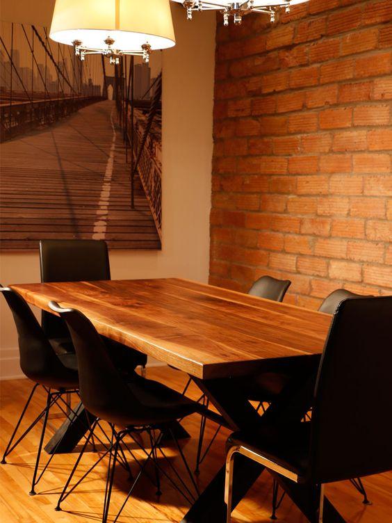 La fabrique Allwood - Magnifique table en bois et en acier pour un look rustique et moderne!