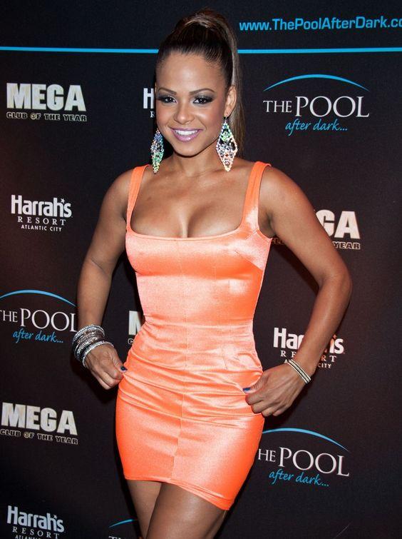 Christina-Milian-Mega-Cleavage-Hosting-At-Pool-After-Dark-In-Atlantic-City-08