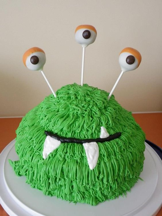 Monster cake - Sarah Agosto, how about something like this in whatever colors you choose?