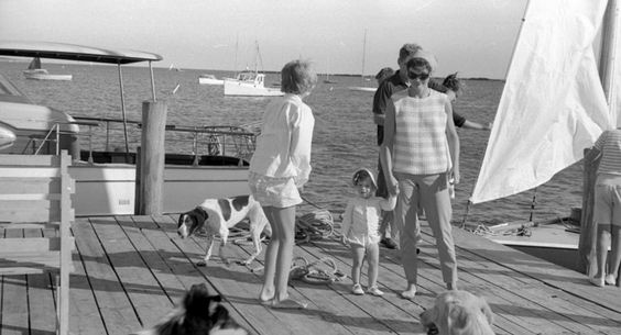 ♛ The Kennedy Family ♛ : Photo