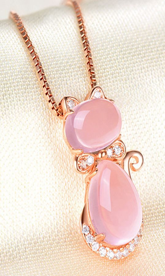 Pink Crystal Furong Stone Cat Shaped Pendant Necklace Fine Jewelry for Women