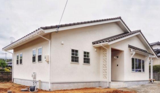 島根県で注文住宅を建てるタケシバ建設の写真集 平屋 外観 モダン