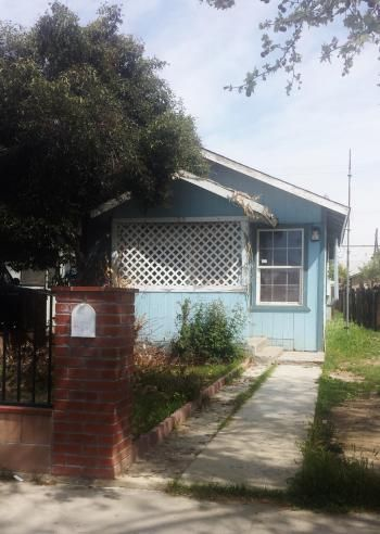 "450 S. ""M"" St. Located in Dinuba. Click for more details!"