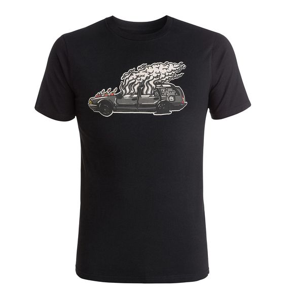 Wes Car - DC Shoes T-Shirt für Männer  Wes Car T-Shirt von DC Shoes. Die Eigenschaften dieses Produkts sind: kurze Ärmel, Wes Kremer Design aus der Initials Collection und Standard Fit. Dieses Produkt besteht aus: 100% Baumwolle.  Merkmale:  T-Shirt, Kurze Ärmel, Wes Kremer Design aus der Initials Collection, Standard Fit, Hochwertiger Grafikdruck,  Dieses Produkt besteht aus:  100% Baumwolle, ...