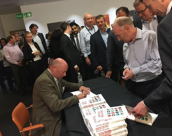 Great to meet and sign my best selling book on Social Selling for the team at Thomson Reuters yesterday .... @thomsonreuters @iamkelvinlee #socialselling #marketing