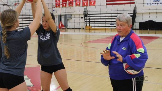 Developing Good Setters Starts With The Legs The Art Of Coaching Volleyball Coaching Volleyball Volleyball Training Volleyball Team