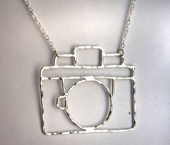 Old Fashioned Camera Necklace: