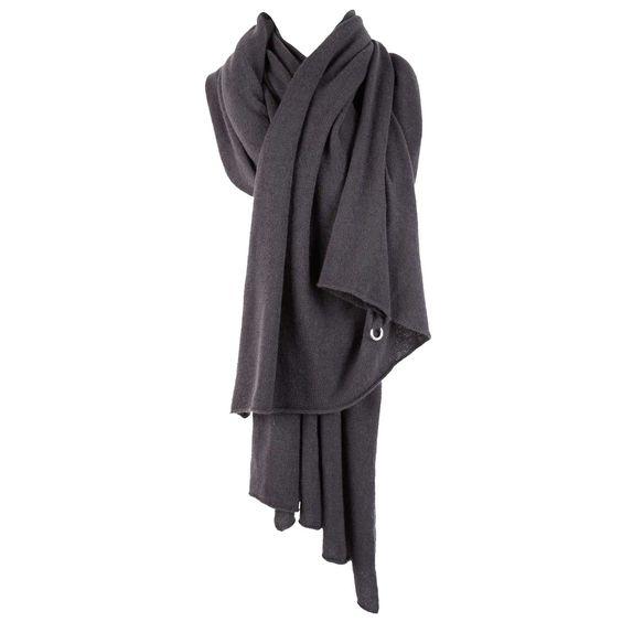 BERYLL Deluxe cashmere wrap scarf (dark grey). $649