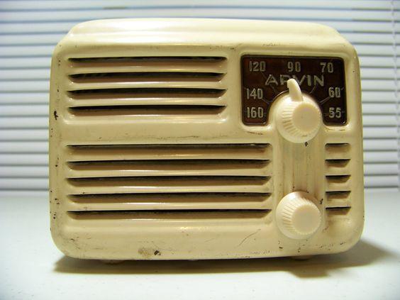 Deco Arvin 444A tube Metal Midget Radio Back Cover Antenna 1946  Works Plug & Play