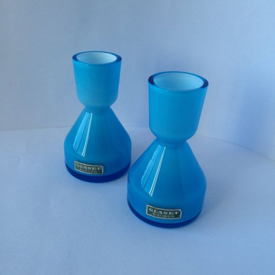 Small pair of turquoise blue vases / Swedish glass by PotsAndLamps