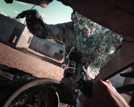 """サトミさんはTwitterを使っています: """"撮影タイムの諸々。 アフガン杉田さんにいろんな角度で撮っていただけたのでレタッチが楽しかったです。 写ってくれたワニ革君、あと車で撮影に付き合ってくれた方(許可済み)ありがとうございます~ 20151227 #終末系装備サバゲー https://t.co/b9MkpcH4Qk"""""""