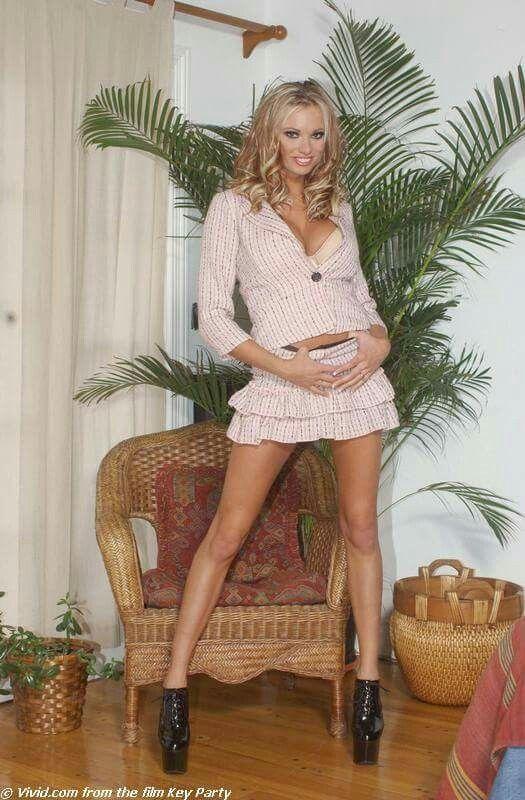 Are Briana banks spreading legs