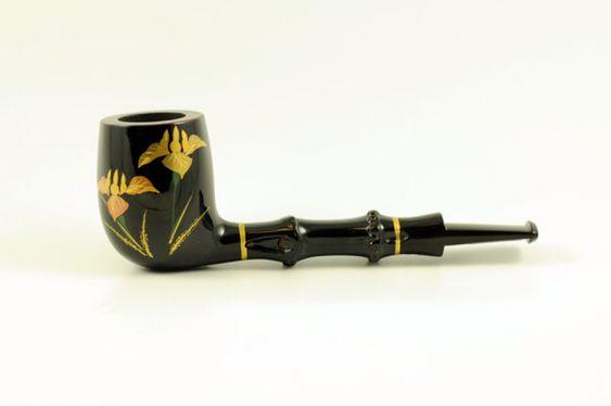 Tsuge Pfeife Urushi. Akzente aus japanischen Bambus wurden mit hochwertigen japanischen Lack veredelt.