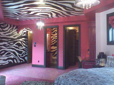 Cool Zebra Room I love it so much I want that room. I'd change all the zebra to cheetah print though
