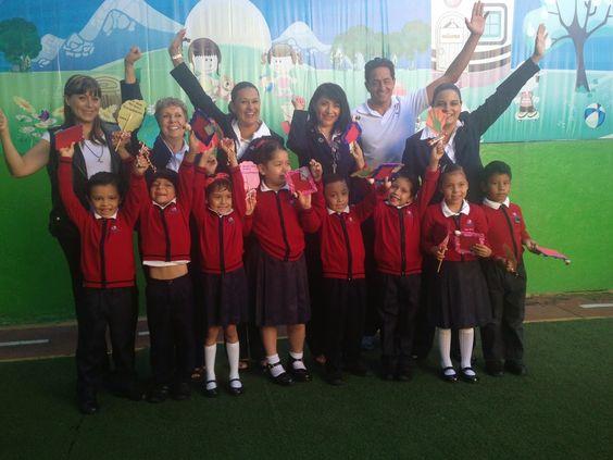 Este lunes 8 de julio se llevó a cabo la ceremonia de graduación de la generación 2011-2014 del kinder del Colegio Americano de Cuernavaca (CAC) y el correspondiente cambio de escolta.