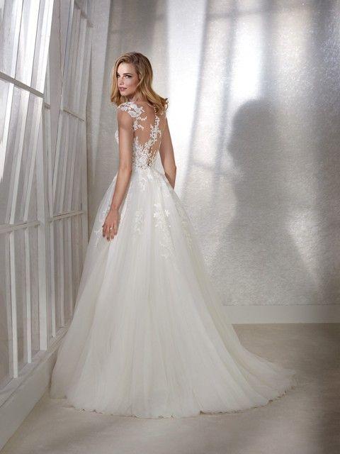 Gefunden Bei Happy Brautmoden Brautkleid Hochzeitskleid White One Tiefer Rucken Ruckenausschnitt Spitze Elegant Romant Kleider Hochzeit Brautmode Braut