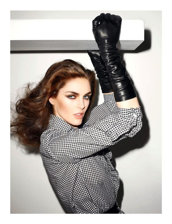 hilary-rhoda-by-terry-richardson-for-vogue-paris-junejuly-2013-7.jpg (1233×1600)