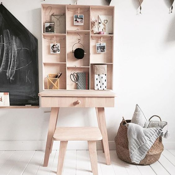 New!!! Prostokątna półeczka z szufladkami , a w każdej sznureczek na którym możesz przymocować swoje wspomnienia #półka#prostokątna#belmam#: