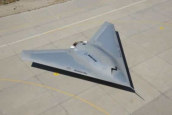 Boeing Phantom Ray - stealth drone. April 2013, the Phantom Ray took off on its maiden flight in St. Louis. Possible X-47B successor.