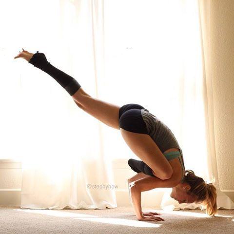 flying pigeon  eka pada galavasana yoga  yoga