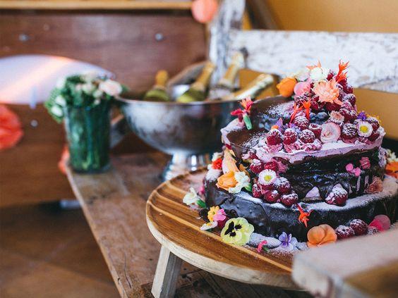 Ciro-Andreas Buono on Behance.  wedding cake, flowers, vintage, beach wedding, candy bar, wedding, lemonade, cake pops, mint, peach, orange