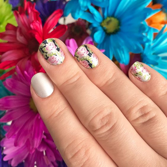 Rose Path Nail Art by @BeColorStreet
