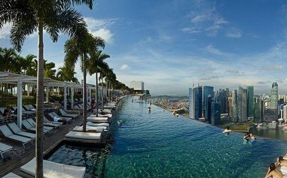 """Marina Bay Sand Tọa lạc tại trung tâm của """"Thành phố Sư tử""""."""