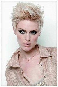 Coupes de cheveux courts pour les femmes avec un visage de forme ovale ...