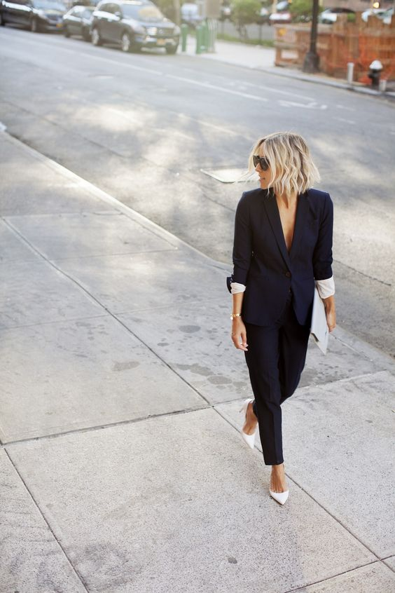 FashionDRA | Fashion Inspirations : Woman in suit