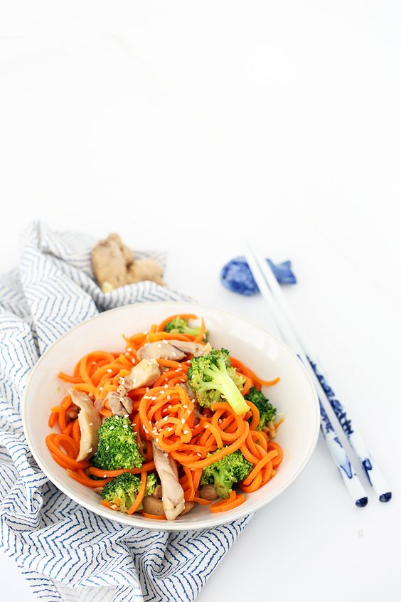 Sesame-Ginger Garlic Chicken and Broccoli Carrot Noodle Stir Fry ...
