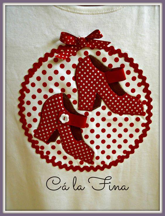 "CAMISETAS FLAMENCAS: detalle modelo ""tacones"". #camisetasflamencas #camisetaspersonalizadas #camisetasdecoradas"