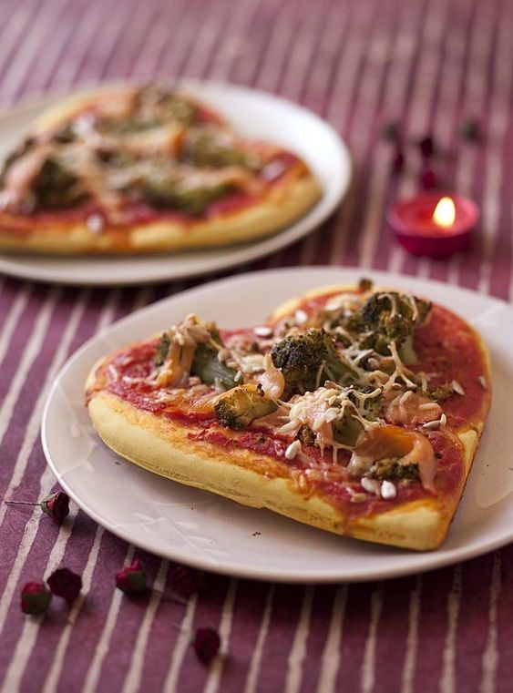 PIZZA COEUR ST VALENTIN MENU - FETE EN KIT PINTEREST