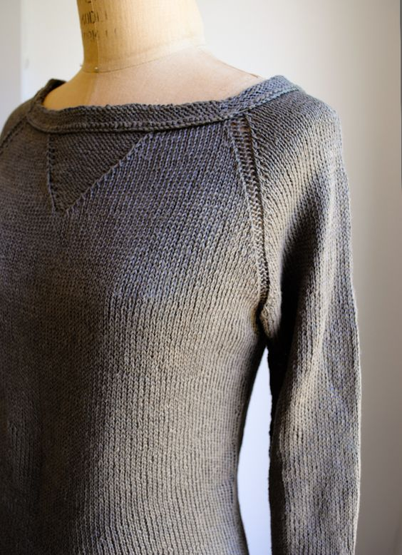 love me a good linen sweater... gonna try this one out as soon as i can get some yarn!