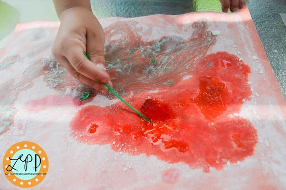 A Little Pinch of Perfect: Fizzy Bubble Paper Fun for Kids