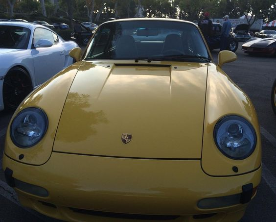 #porsche #porsche911 #porsche911993 #993 #rennsport #supercarsunday #classiccar #classicsofinstagram #carsandcoffee #california #losangeles