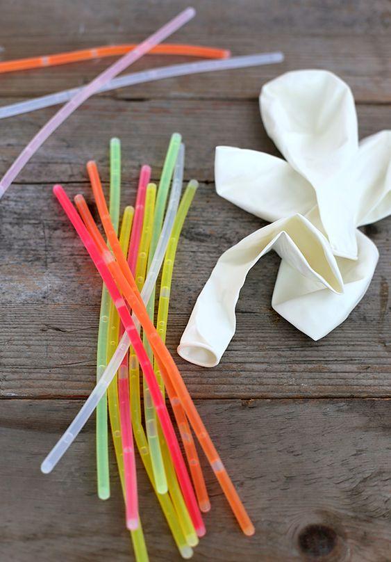 glow stick balloons: