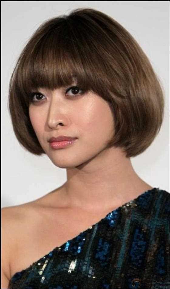10 Stilvolle Kurze Frisuren Aus Den 60er Jahren Hair Coole Bob Bobfrisuren Coolesthairstyleforwomen U Styling Kurzes Haar Haar Styling Kurze Haare Frauen