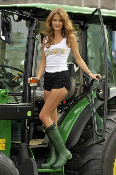The beautiful country, Amy childs and Country girls on Pinterest