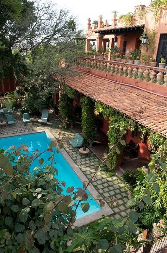 San miguel spanish and san miguel de allende on pinterest for Self sustaining pool
